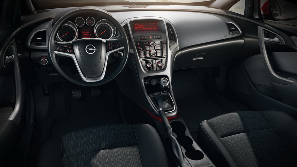 Opel Astra j salon